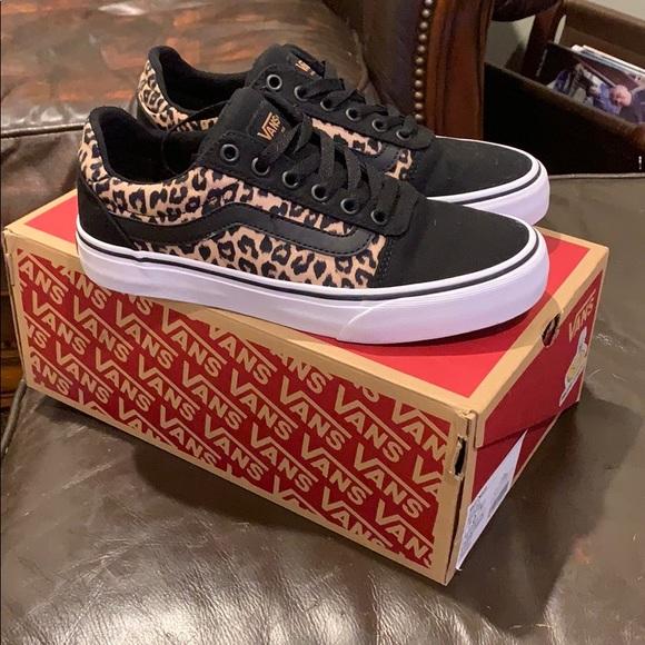 Vans Ward Deluxe Canvas Leopard Print